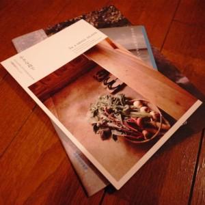 小値賀島のかわいい冊子。